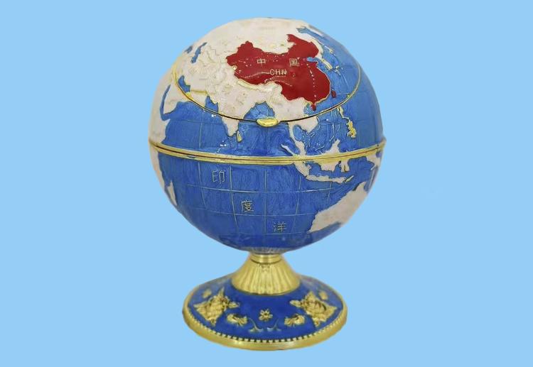 地球仪烟灰缸
